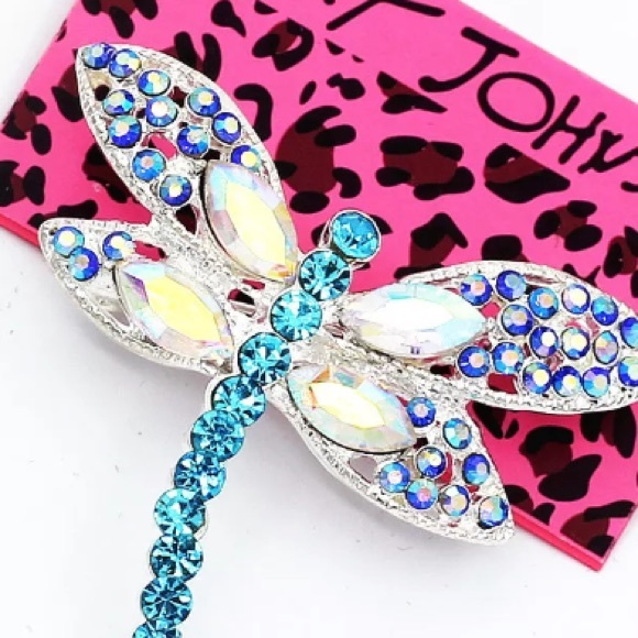 Betsey Johnson Jewelry - Betsey Johnson bling crystal dragonfly NWT pin